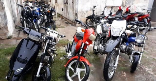 El Municipio gestiona un programa para compactar autos y motos que permanecen secuestrados