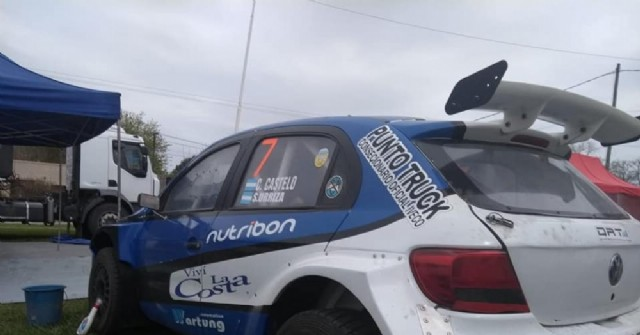 Sebastián Urriza compite en el Rally Pagos del Tuyú