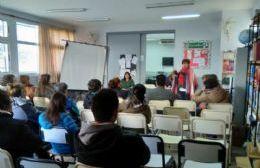 Reunión en la Escuela Secundaria Nº 5 por los problemas con la calefacción
