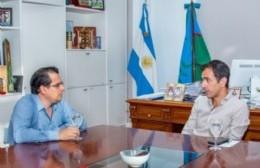 """El intendente de Junín se sumó al repudio de la campaña """"política"""" de vacunación y fue criticado por el director del Hospital Interzonal de Agudos"""
