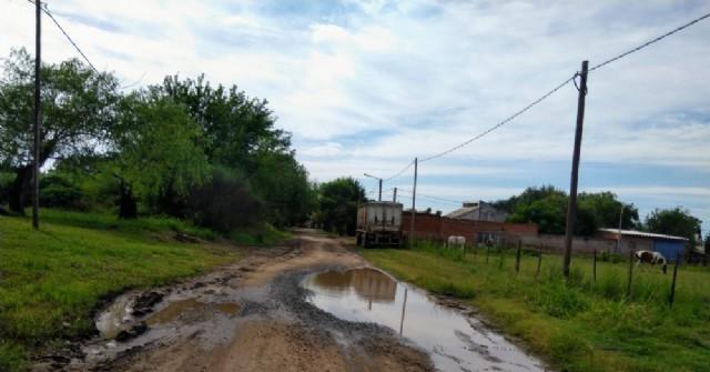 Vecinos de Barrio Belgrano reclaman por el mal estado de la calle Guardia Nacional
