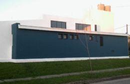 Nueva fachada, donde antes se podía apreciar el mural de Bertero