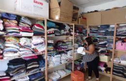 Macri lo hizo: trabaja a full el Ropero Comunitario del CIC