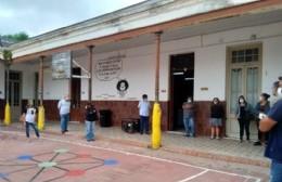 En Rojas se recibió equipamiento para el vacunatorio que funcionará en la Escuela N° 1