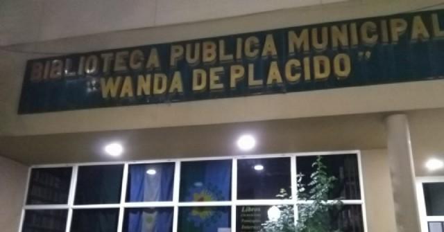 La Biblioteca municipal reabre la atención al público