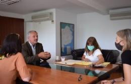 El intendente Rossi firmó la escritura de terrenos ubicados en Barrio Progreso