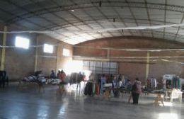 """""""Feria solidaria"""" en el salón de la Virgen de Luján"""