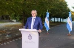 El presidente Fernández durante el anuncio.